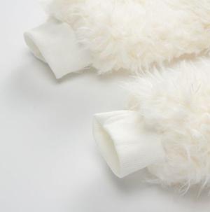 Μπουκλέ λευκό φορμάκι εξόδου