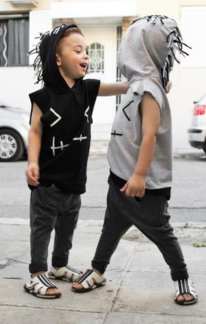 Βρεφικό παιδικό αμάνικο μπλουζάκι με κουκούλα γκρι